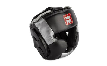 Les protections et la tenue de boxe anglaise
